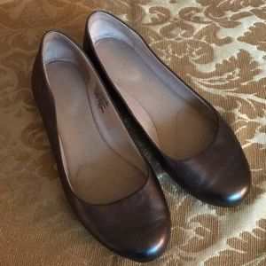 Rockport Pewter Leather Flats sz 7.5